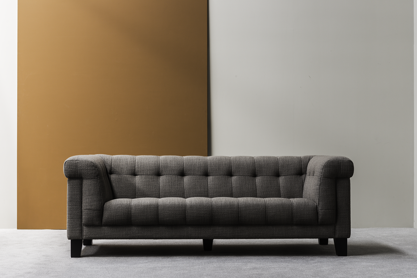 Gramercy Sofa Hamilton Conte