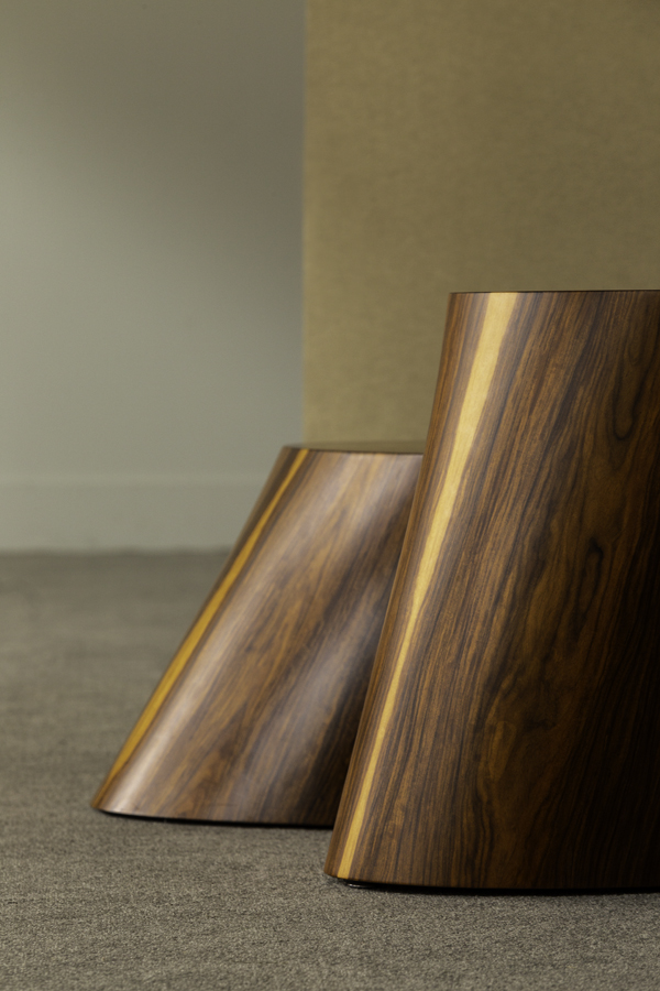 side_tables_mogambo_hamilton_conte_galeria1.jpg